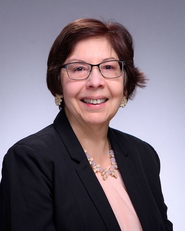 Sandra Vera-Munoz headshot